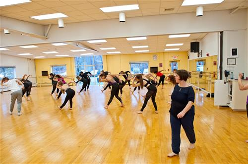Famed Argentinian Choreographer, Anabella Lenzu Holds Master Dance Class at Long Island High School for the Arts