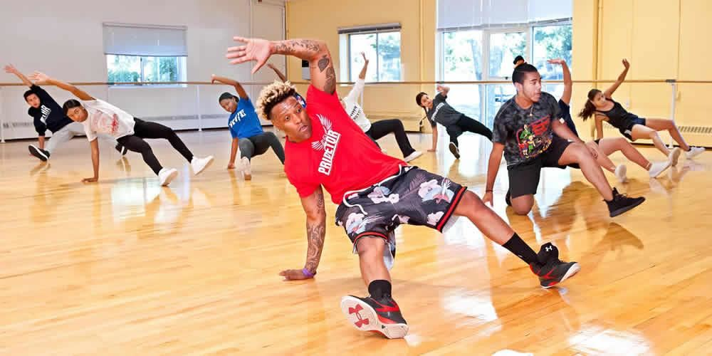 LIHSA students welcomed Kerboomka creator Kershel Anthony, who taught them the Kerboomka dance styl